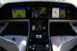 Embraer Legacy 500 - Cockpit with 4 large MFD and sidesticks