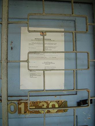 Selective En bloc Redevelopment Scheme - A flat stuck with the en-bloc notice.