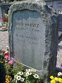 Erich Warsitz grave.jpg