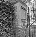Exterieur SCHADE AAN BAKSTEEN HEKPEILER - Veenendaal - 20316843 - RCE.jpg