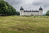 Exterior of the Castle of Valencay 07.jpg