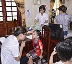 Eye screening for kindergarten children in Quoc Oai district of Hanoi (14124211748).jpg