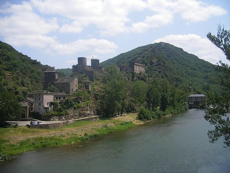 File:FR-12-Brousse-le-Château3.JPG