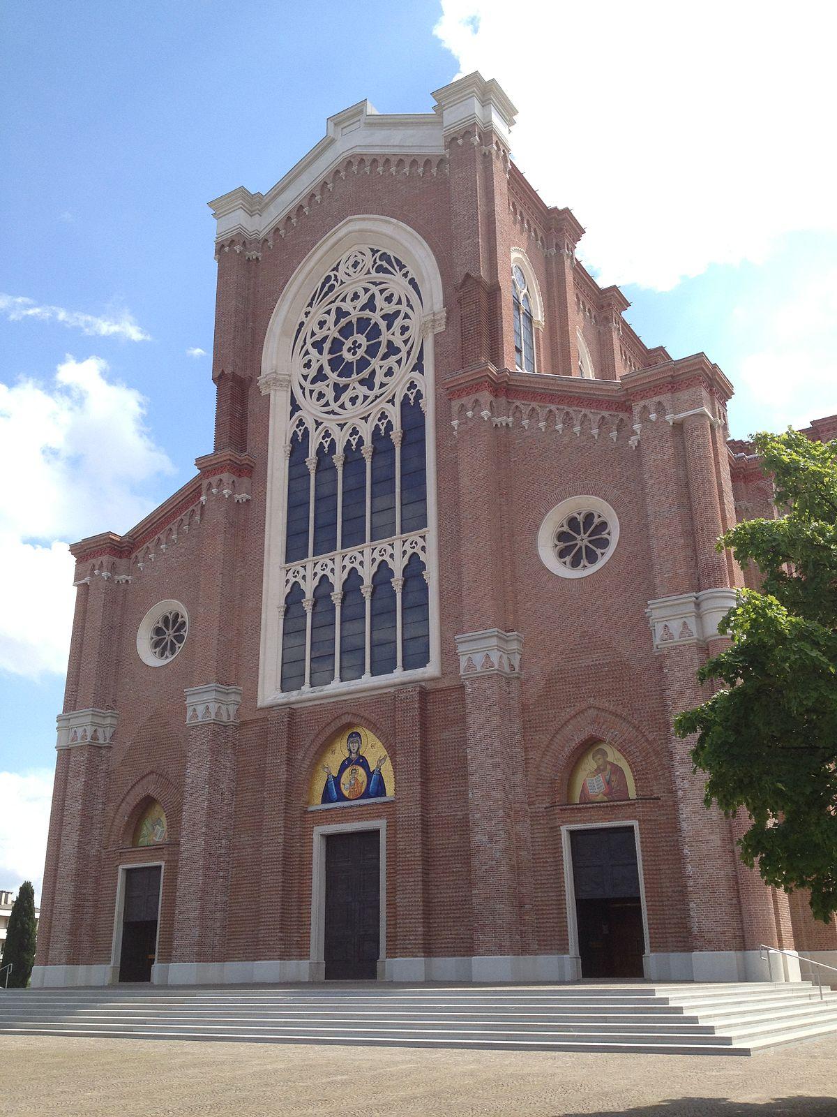 Duomo di montebelluna wikipedia for B b mobili montebelluna