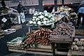 Ferske grønnsaker på Torvet (1966) (49693121238).jpg