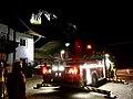 Feuerwehr Drehleiter in Übung.jpg