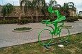 Figura de ciclistas en hierro V.jpg