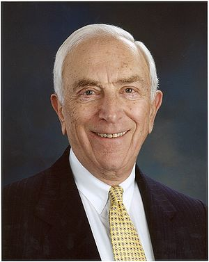 300px Frank Lautenberg NJ Senator Frank Lautenberg Plans to Reintroduce Gun Control Legislation in Wake of James Holmes Shooting Rampage