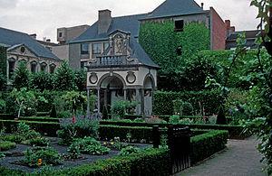 Peter Paul Rubens - The garden Rubens planned at Rubenshuis, in Antwerpen