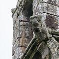 Gargouille à la base du clocher de la chapelle Notre-Dame-de-la-Clarté, Kervignac, France.jpg