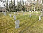 Gera Ostfriedhof Bombenopfer 2.JPG