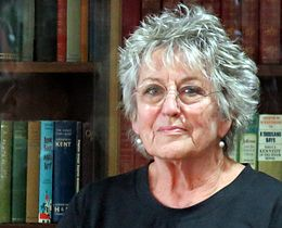 Germaine Greer, 28 oktober 2013 (cropped) .jpg