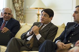 Abdullah Abdullah - From left to right: Ashraf Ghani, Anwar ul-Haq Ahady, and Abdullah. (April 2009)