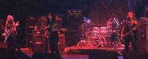 Girlschool live 2009-2.jpg