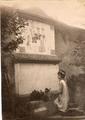 Gloeden, Wilhelm von (1856-1931) - Tomba di August von Platen a Siracusa nel 1900 ebay.png
