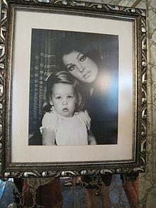 Priscilla Presley Wikipedia Den Frie Encyklop 230 Di