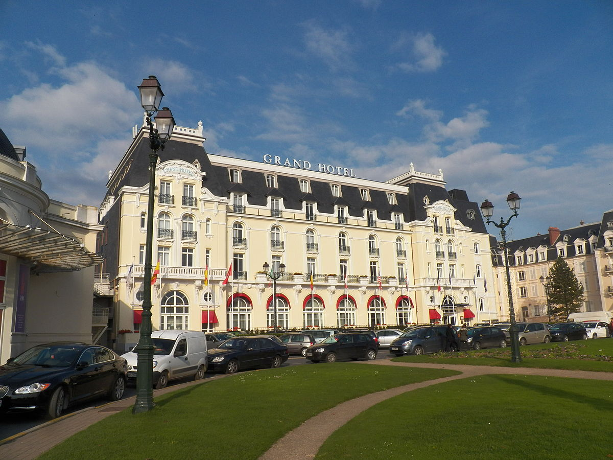 Cabourg Hotel De Charme