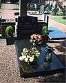 Grave priest.jpg