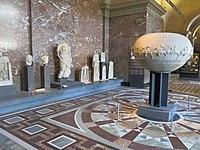 Greek antiquities in the Louvre - Room 11 D201903.jpg
