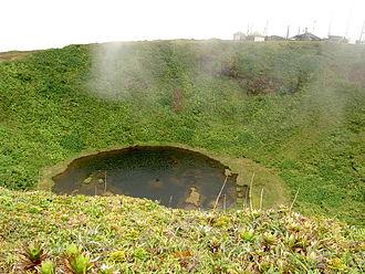 La Grande Soufrière - Image: Guadeloupe 108 lac Flamarion sommet de la citerne 1155m massif de la Soufrière