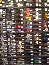 Guitar picks on shop