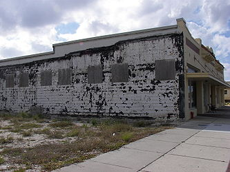 H. W. Smith Building bad side.jpg