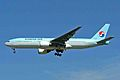 HL7575 B777-2B5ER Korean Air YVR 26AUG05 (6776522301).jpg