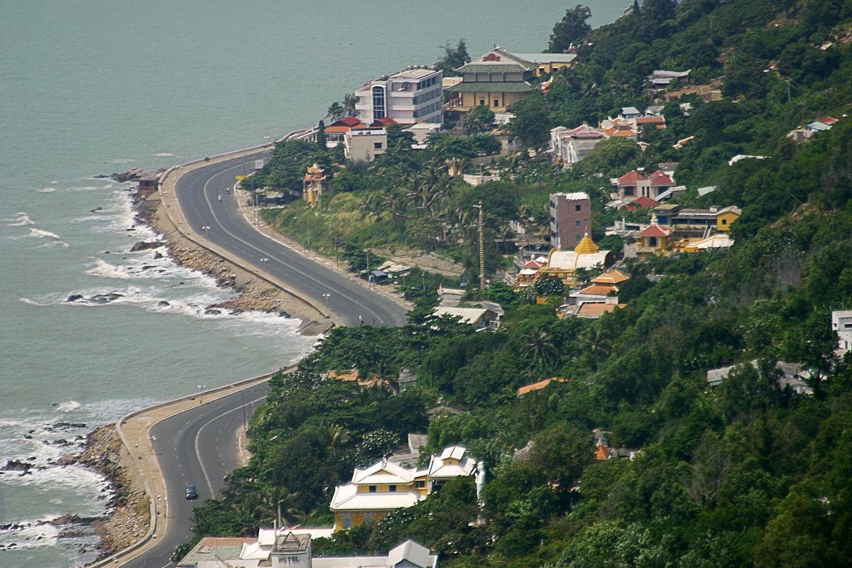Where is vung tau beach