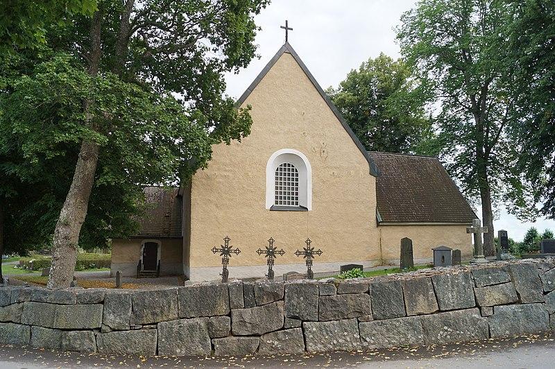 Hammarby kyrka i september 2015