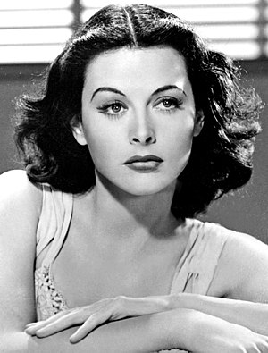Hedy Lamarr - Publicity photo of Lamarr in 1940