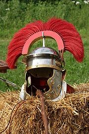 180px-Helmet_centurion_end_of_second_cen