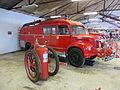 Historical fire engine 01.JPG