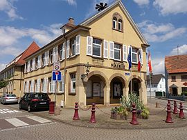 The town hall in Holtzheim