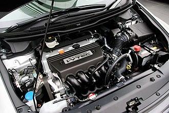 Honda K engine - Image: Honda K24A Engine 01