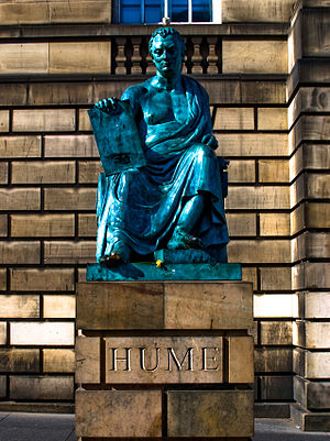 English: Statue of David Hume in Edinburgh, Sc...