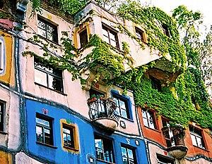 Hundertwasserhaus - Hundertwasser House Vienna