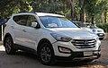 Hyundai Santa Fe GLS 2.2 CRDi 2013 (34807174892).jpg