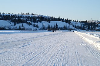 Great Slave Lake - Image: Ice Road on Great Slave Lake 2