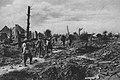 Im zertrommelten Dompierre (Somme).jpg