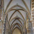 Interieur zuidbeuk, overzicht gewelven, tijdens restauratie - 's-Gravenhage - 20328080 - RCE.jpg