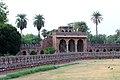 Isa Khan Tomb 0005.jpg