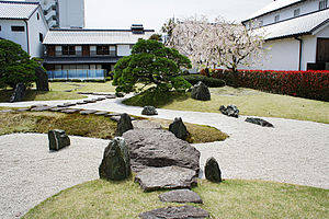 Itami City Museum of Art and Kakimori-bunko04bs5.jpg