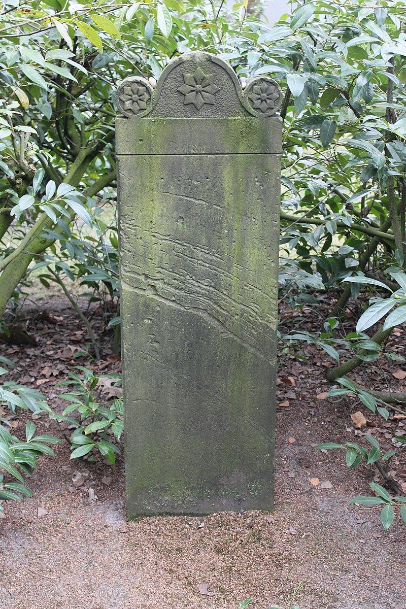 Jüdischer Friedhof Rotenburg Wümme 2011 PD 12.jpg