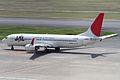 JAL B737-800(JA302J) (5008404126).jpg