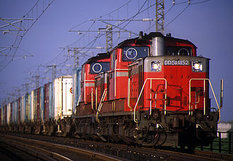 JNR Class DD51 - A pair of refurbished Hokkaido-based JR Freight DD51s led by D51 1152