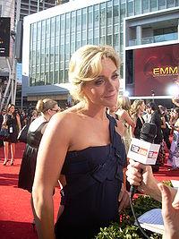 Jane Krakowski at the 2008 Emmys red carpet.jpg