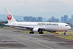 Japan Airlines, B767-300, JA8986 (18411368050).jpg