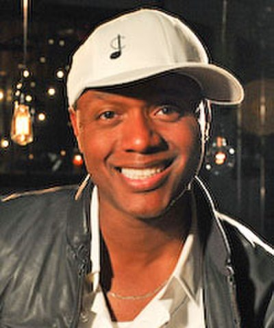 Picture of a band or musician: Javier Colon