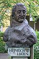 Jena Fürstengraben Denkmal Heinrich Luden 2.jpg