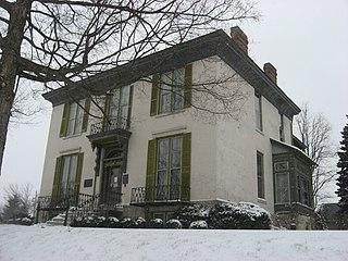 Jerolaman-Long House